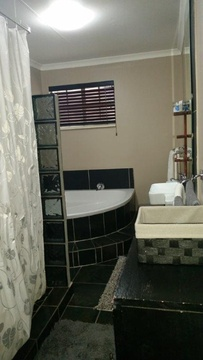 Self Catering Accommodation, Guest House, Self Catering, Fourways, Near Monte Casino